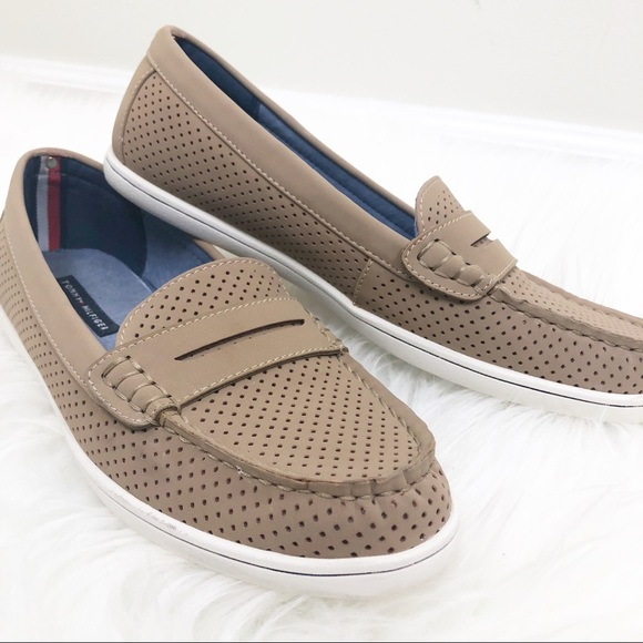 375aae65 Tommy Hilfiger Shoes | Butter 5 Loafers Tansize 8 12 | Poshmark